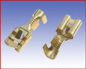 Konektor żeński nieizolowany 6,3/J2,5 z zaczepem