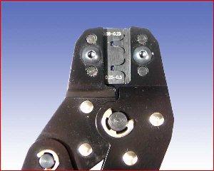Ręczna praska SN-01B do konektorów oraz D-SUB 0,08-0,25 /0,25-0,5 mm² (30-24 /22-18 AWG)