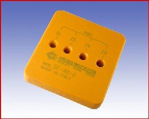 Urządzenie do zdejmowania izolacji PIERGIACOMI SF 40-2  1,31 do 2,62 mm² (16 – 13 AWG)