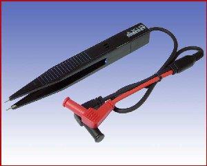 Pęseta pomiarowa z w pełni Izolowanymi wtykami 4mm, AXIOMET AX-TLP-TW-01 (czarny)