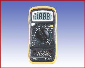 MAS830L - Multimetr cyfrowy z sygnalizacja akustyczną i podświetlanym wyświetlaczem