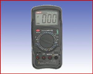 Multimetr cyfrowy UT 55